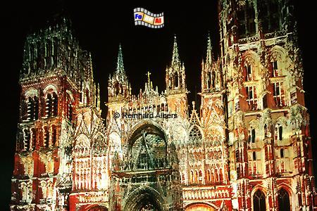 Kathedrale in Rouen, angestrahlt im Stil der von Monet gemalten Bilder., Normandie, Rouen, Monet aux pixel, Kathedrale