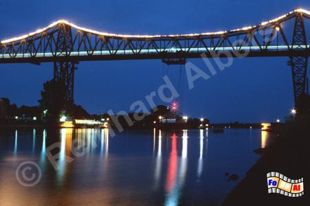Rendsburg - Eisenbahnhochbrücke über den Nord-Ostsee-Kanal, Schleswig-Holstein, Rendsburg, Nord-Ostsee-Kanal, Hochbrücke, Schwebefähre, Albers, Foto, foreal,