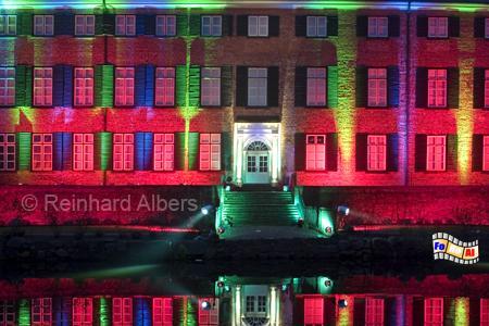 Weihnchtsbeleuchtung am Schloss in Eutin, Eutin, Weihnachtsbeleuchtung, Schleswig-Holstein, Foto, Reinhard, Albers, foreal,