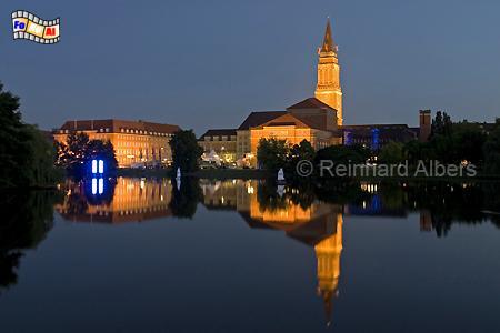 Kiel - Rathaus und Oper am Ufer des Kleinen Kiels., Schleswig-Holstein, Kiel, Kleiner Kiel, Rathaus