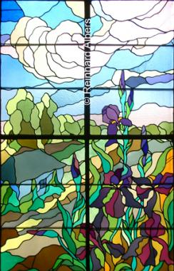 Die Jugendstilfenster im Treppenaufgang des Hauses am Plac Szczepański 2 stammen von Stanisław Wsypiański., Polen, Polska, Kraków, Krakau, Jugendstil, Bilder, Fotos, Stanisław, Wsypiański