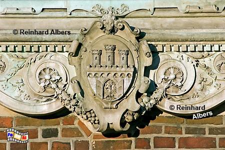 Das Krakauer Stadtwappen an der Marienkirche., Polen, Polska, Krakau, Kraków, Fotos, Bilder, Wappen, Stadtwappen