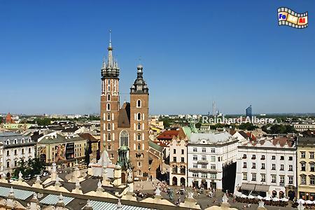 Blick auf die Marienkirche vom alten Rathausturm., Polen, Polska, Krakau, Kraków, Fotos, Bilder, Marienkirche