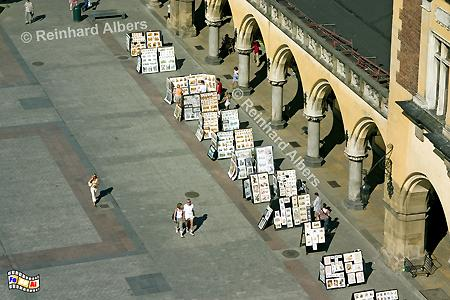 Arkaden der Tuchhhallen (Sukiennice) auf dem Hauptmarkt (Rynek Głowny)., Polen, Polska, Krakau, Kraków, Fotos, Bilder, Tuchhallen, Arkaden, Sukiennice