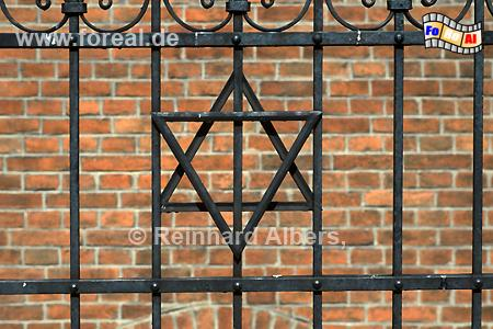 Gitter an der Alten Synagoge im Krakauer Stadtteil Kazimierz., Polen, Polska, Krakau, Kraków, Fotos, Bilder, Synagoge, Kazimierz, Museum