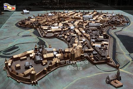 Modell des mittelalterlichen Krakaus mit der Wawelburg im Vordergrund., Polen, Polska, Krakau, Kraków, Unterirdisches Museum, Albers, Foto, foreal,