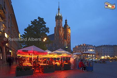 Hauptmarkt und Marienkirche, Polen, Polska, Krakau, Kraków, Bilder, Fotos, Tuchhallen, Sukiennice, Rynek, Główny, Marienkirche, foreal, Albers,