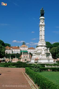 Praça Afonso de Albuquerque vor dem Palácio de Belém. Die neomanuelinische Säule aus dem Jahr 1901 ist 24 m hoch und zeigt den Namensgeber des Platzes, den legendären Vizekönig von Indien., Lissabon, Belém, Afonso, Albuquerque, Praça