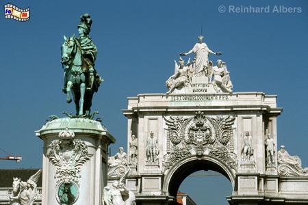 Arco Triunfal aus dem Jahr 1873 markiert den Eingang zur Baixa (Unterstadt)., Lissabon, Arco, Monumental, Triumphbogen, Praça, Comércio