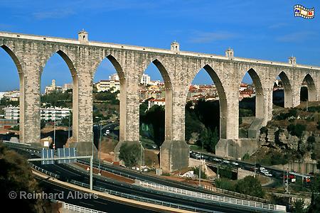 Aqueduto das Aguas Livres, erbaut 1731 bis 1748. Länge 941 m mit 35 Bögen., Lissabon, Aquadukt, Aqueduto, Wasser,
