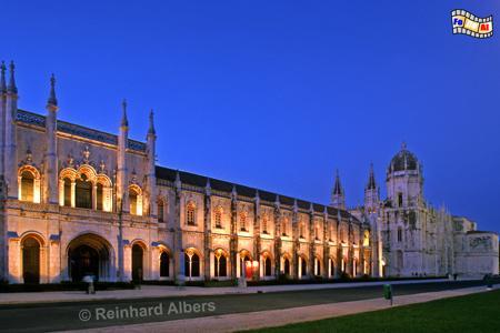 Jeronimo-Kloster - Mosteiro dos Jerónimos. Die Gesamtlänge des Bauwerks beträgt 300 m., Lissabon, Belem, Mosteiro, Jeronimo, Kloster