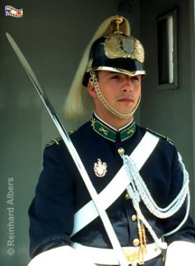 Wachsoldat vor dem Präsidentenpalast Palácio de Belém, Lissabon, Belem, Wachsoldat, Soldat, Präsidentenpalast, Präsident