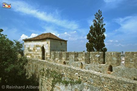 Das Castelo de São Jorge befindet sich auf dem höchsten Punkt der Stadt (110 m)., Lissabon, Burg, Castelo, Jorge