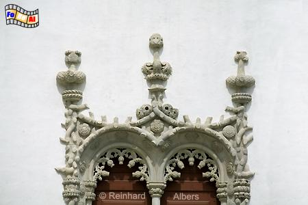Sintra - Königsschloss (Paço Real). Palastfront mit 5 im manuelinischen Stil verzierten Zwillingsfenstern., Portugal, Sintra, Schloss, Königsschloss, Paço, Real, Fenster, Albers, Foto, foreal,
