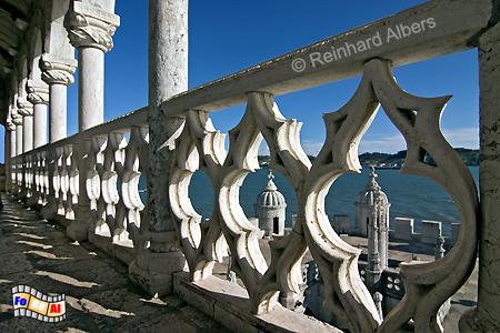 Torre de Belem - Formen und Verzierungen dieser Balalustrade sind typische Elemente des Manuelismus., Lissabon, Belém, Torre, Turm, Manuelismus, Albers, Foto, foreal