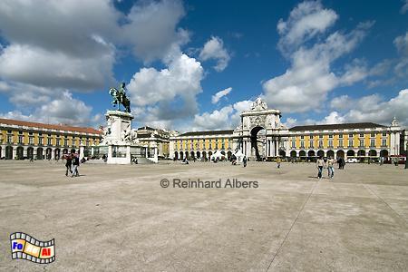Praça do Comércio - Sein früherer Name lautete Terreiro do Paço (Platz des Palastes) weil hier bis zum großen Erdbeben von 1755 der große Königspalast stand. , Portugal, Lissabon, Praça, Comércio, Paço, Albers, foreal, Foto