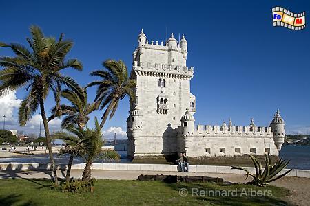 Torre de Belém, 1515-20 nach Plänen von Francisco de Arruda errichtet. Der Turm gilt als eines der Hauptwerke des manuelinischen Baustils und wurde 1983 von der UNESCO zum Weltkulturerbe erklärt., Lissabon, Belem, Torre, Turm, Entdeckungen, Wahrzeichen, Albers, foreal, Foto