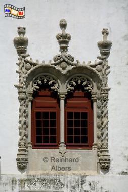 Sintra - Königsschloss (Paço Real). Die Palastfront wird von 5 joaninischen Zwillingsfenstern geziert., Portugal, Sintra, Schloss, Königsschloss, Paço, Real, Fenster, Albers, Foto, foreal,