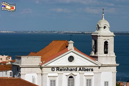 Lissabon - Blick vom Miradouro Santa Luzia auf die Igreja São Miguel, Lissabon, Altstadt, Alfama, Igreja, Miguel, Kirche, São, Albers, Foto, foreal,