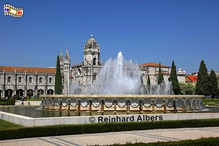 Praça do Império mit dem Jeronimokloster im Hintergrund., Portugal, Lissabon, Praça do Imperio, Jeronimokloster, Albers, foreal,