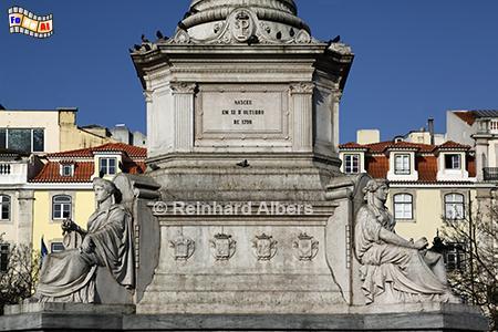 Sockel der Säule für den portugiesischen König Pedro IV., der als Pedro I. von 1822-31 auch Kaiser von Brasilien war., Lissabon, Rossio, Pedro IV, König, Säule, Albers, Foto, foreal,