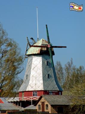 ie Windmühle von Elstrup auf der Insel Als (Alsen) in Dänemark stand ursprünglich in Østerholm und wurde bereits 1888 nach Elstrup versetzt., Windmühle, Dänemark, Insel, Alsen, Als, Elstrup
