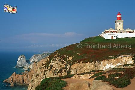 Das Cabo da Roca nordwestlich von Lissabon markiert den westlichsten Punkt des europäischen Festlandes., Leuchtturm, Portugal, Cabo da Roca, Farol, Albers, foreal, Foto,