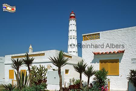 Die Ilha de Faro ist der Stadt im Süden vorgelagert., Leuchtturm, Portugal, Algarve, Ilha de Farol, Faro