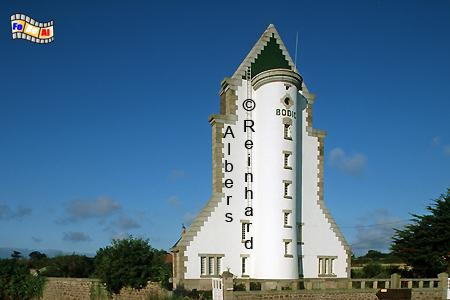 Der Leuchtturm von Bodic in der Bretagne sieht aus wie ein Space-Shuttle auf der Startrampe, Leuchtturm, Lihthouse, Phare, Frankreich, Bretagne, Bodic, foreal, Albers, Foto,