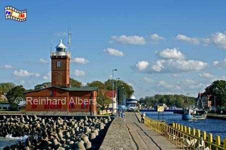 Darłówko, (Rügenwaldermünde) an der Mündung der Wieprza (Wipper) in die Ostsee - Polen., Leuchtturm, Polen, Pommern, Ostseeküste, Darlowo, Darlowko, Rügenwaldermünde