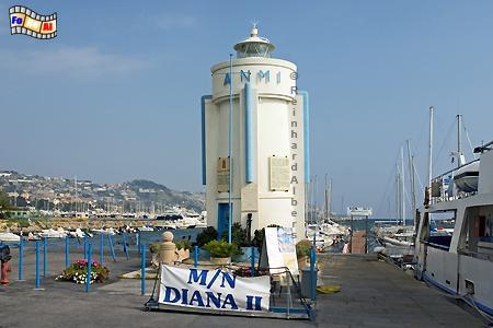 Im Hafen von San Remo an der italienischen Riveira., Leuchtturm, Italien, Foto, Albers, foreal, San Remo
