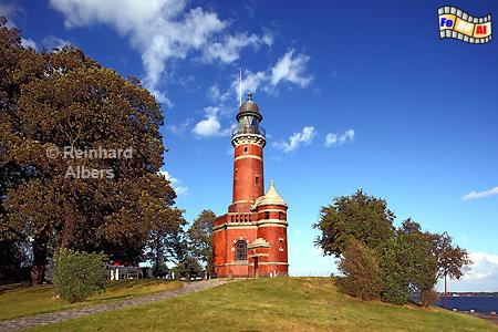 Kiel-Holtenau an der Einfahrt zum Nord-Ostsee-Kanal., Leuchtturm, Lighthouse, Phare, Deutschland, Schleswig-Holstein, Nord-Ostsee Kanal, Kiel-Holtenau, Kiel, foreal, Albers, Foto,