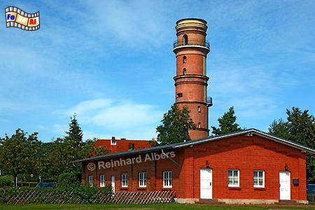 Der 1539 erbaute Leuchtturm von Lübeck-Travemünde ist der älteste in Deutschland. , Leuchtturm, Lighthouse, Phare, Travemünde, Ostseeküste, Lübeck, foreal, Foto, Albers,