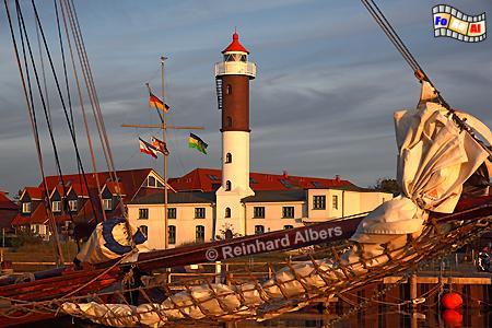 Abendstimmung in Timmendorf auf der Insel Poel in Mecklenburg-Vorpommern., Leuchtturm, Poel, Timmendorf, Lighthouse, Phare, foreal, Albers, Foto,