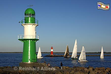 Westliches Molenfeuer in Warnemünde., Leuchtturm, Lighthouse, Phare, Mecklenburg, Warnemünde, Molenfeuer, foreal, Albers, Foto,