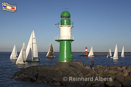 Warnemünde - westliches Molenfeuer., Leuchtturm, Lighthouse, Phare, Mecklenburg, Warnemünde, Molenfeuer, foreal, Albers, Foto,