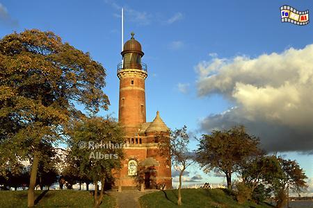 Der Leuchtturm von Kiel-Holtenau markiert die Einfahrt in den Nord-Ostsee-Kanal., Leuchtturm, Deutschland, Schleswig-Holstein, Nord-Ostsee Kanal, Kiel, Kiel-Holtenau, Holtenau, Albers, Foto, foreal,
