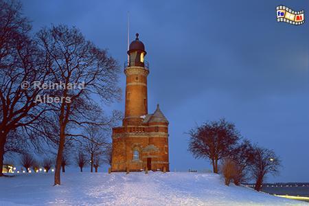Blaue Stunde am Leuchtturm Kiel-Holtenau, Leuchtturm, Deutschland, Schleswig-Holstein, Ostseeküste, Kiel, Holtenau, Albers, foreal, Foto,