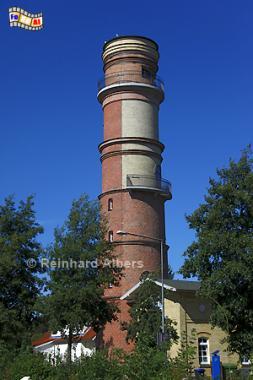 Travemünde, der gemauerte Leuchtturm aus dem Jahr 1539 hat eine Höhe von 31 m., Leuchtturm, Lighthouse, Phare, Travemünde, Ostsee, Lübeck, Bucht, Albers, Foto, foreal,