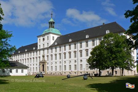 Schloss Gottorf in Schleswig beherbergt das Schleswig-Holsteinische Landesmuseum., Schleswig- Schloss, Gottorf, Schleswig-Holstein, Albers, Foto, foreal,