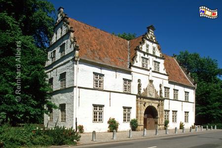 Huseum - Torhaus am Schlosspark, Schleswig-Holstein, Husum, Torhaus, Nordfriesland, Albers, Foto, foreal,