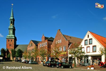 Tönning - Marktplatz mit St. Laurentiuskirche, Schleswig-Holstein, Tönning, Nordseeküste, Albers, Foto, foreal,