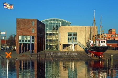 Husum - Rathaus, Schleswig-Holstein, Nordseeküste, Nordfriesland, Husum, Rathaus, Albers, Foto, foreal