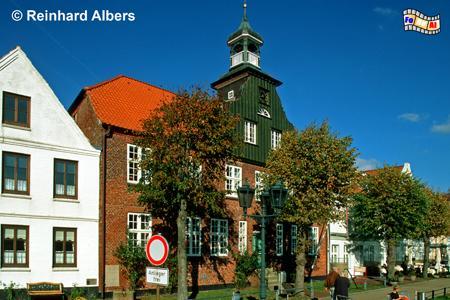 Tönning - Das ehemalige Zollhaus am Hafen, Schleswig-Holstein, Tönning, Nordseeküste, Hafen, Zollhaus, Albers, Foto, foreal,