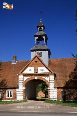 Torhaus von Gut Krieseby auf der Halbinsel Schwansen, Schleswig-Holstein, Schwansen, Krieseby, Torhaus, Albers, Foto, foreal,