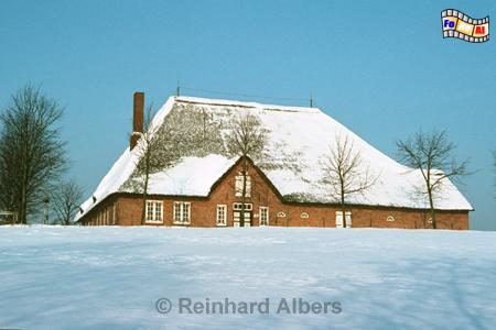 Freilichtmuseum Kiel-Molfsee im Winter. Barghus aus Arentsee 1745., Kiel, Freilichtmuseum, Kiel-Molfsee, Molfsee, Barghus, Arentsee, Albers, Foto, foreal,