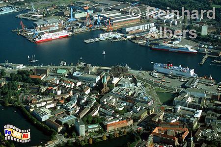Kieler Förde und frühere Altstadtinsel heute., Kiel, Altstadt, Altstadtinsel, Kieler Förde, Luftbild