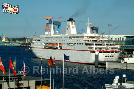 Kreuzfahrtschiff Deutschland, Kiel, Förde, Hörn Norwegenkai, Deutschland, Kreufahrtschiff, Traumschiff, foreal, Albers