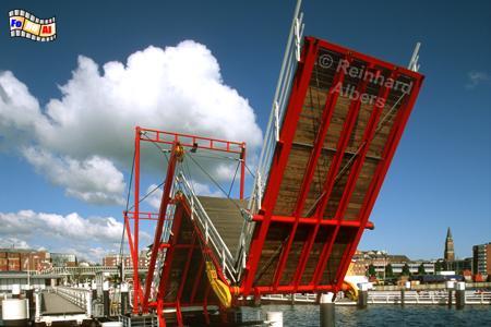 Dreifeldklappbrücke über die Hörn, Kiel. Förde, Hafen, Hörn, Klappbrücke, Hörnbrücke, Albers, Foto, foreal,