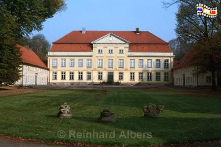 Gut Emkendorf - Herrenhaus, Emkendorf, Gut, Herrenhaus, Albers, Foto, foreal,